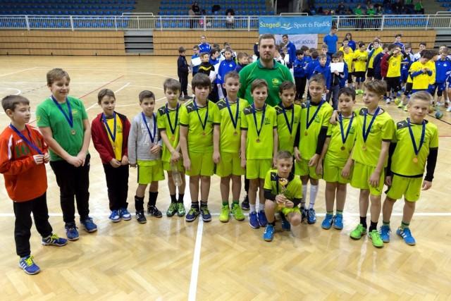A bronzérmes orosházi U10-esek (Fotó: pickhandball.hu)